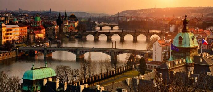 Prag in der Morgendämmerung